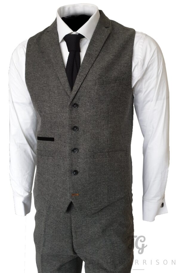 grey-tweed-gilet